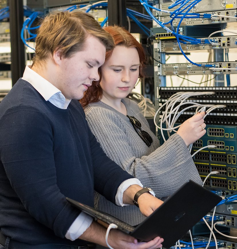 What does the CCNA course include