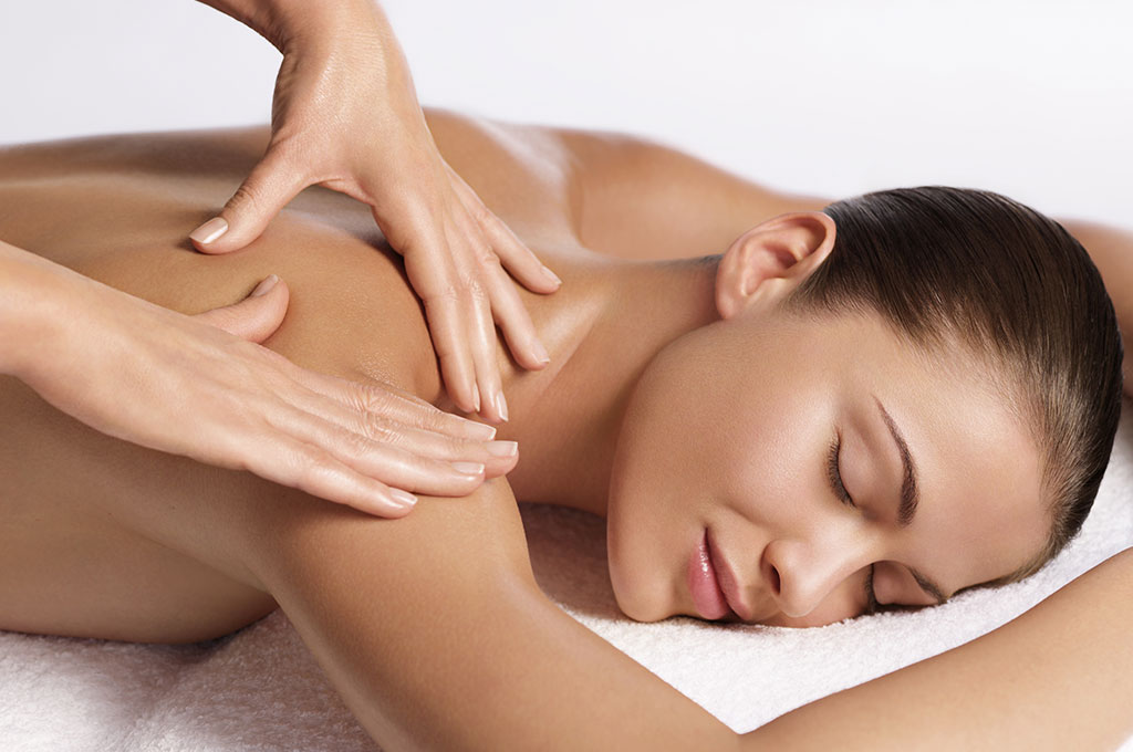 Understanding the Health Benefits offered by Massage